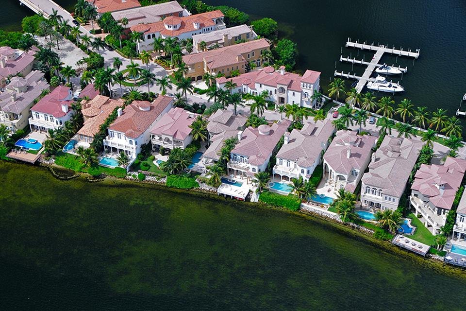 Aventura Luxury Homes