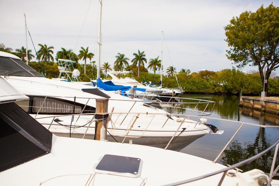 Aventura Yachts