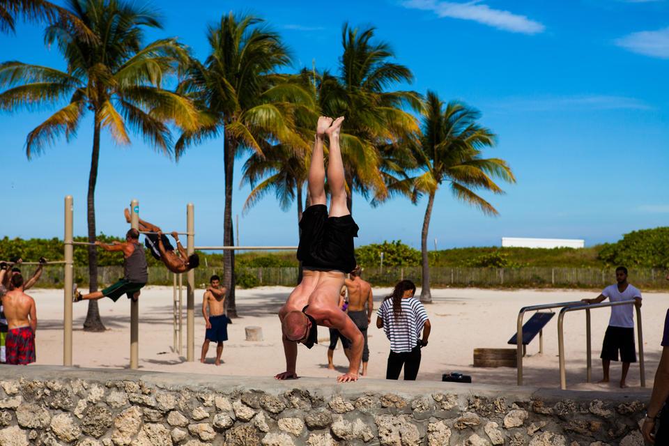 Muscle Beach Ocean Drive